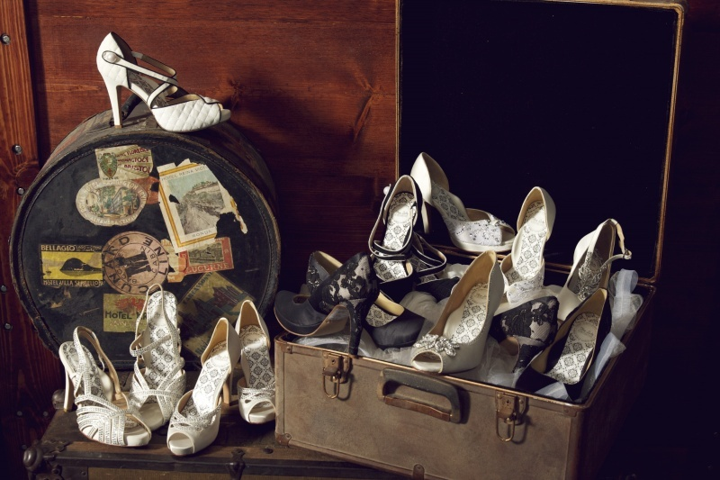 Chic-wedding-shoes-for-vintage-brides.full