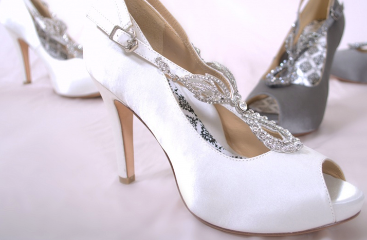 White-silver-peep-toe-wedding-shoes.original