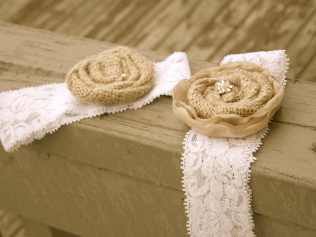 Bridal-garter-lace-burlap.full