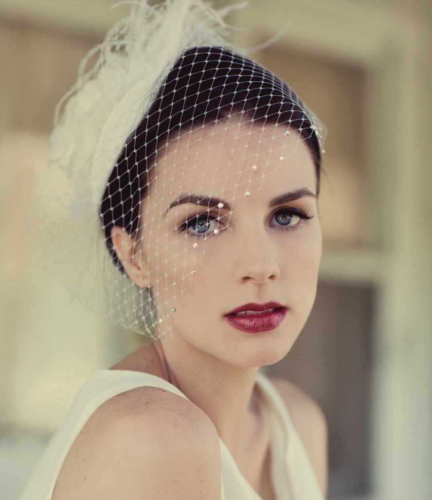 Chic-wedding-hat-bridal-blusher-with-crystal-details.full