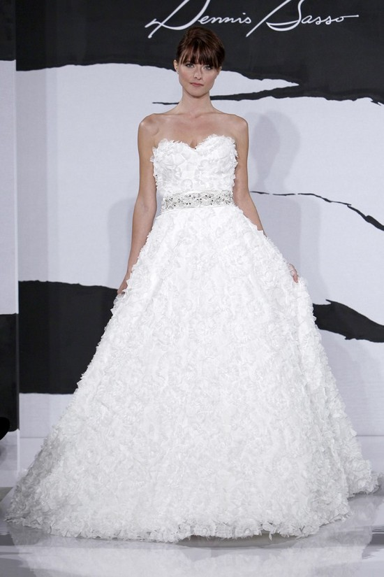 wedding dress fall 2012 dennis basso for kleinfeld bridal 23