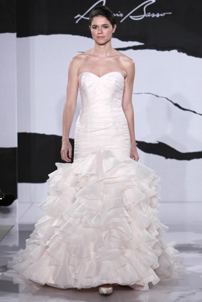 Wedding-dress-fall-2012-dennis-basso-for-kleinfeld-bridal-22.full