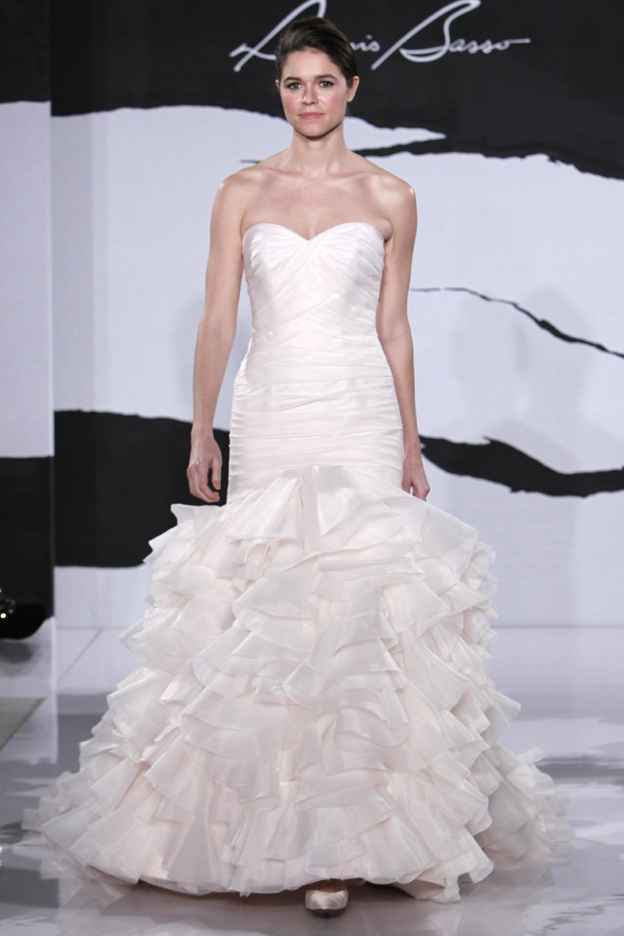 Wedding-dress-fall-2012-dennis-basso-for-kleinfeld-bridal-22.original