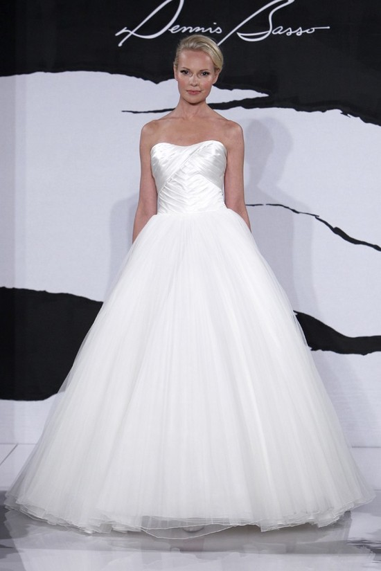 wedding dress fall 2012 dennis basso for kleinfeld bridal 19