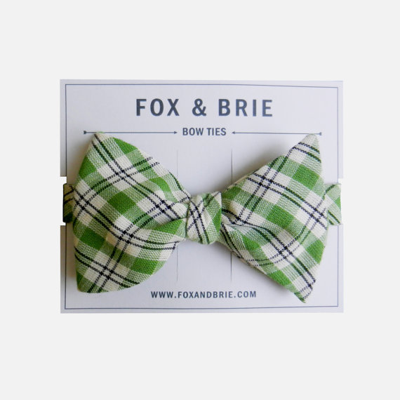 Grooms-style-wedding-fashion-bow-ties-green-navy-plaid.full