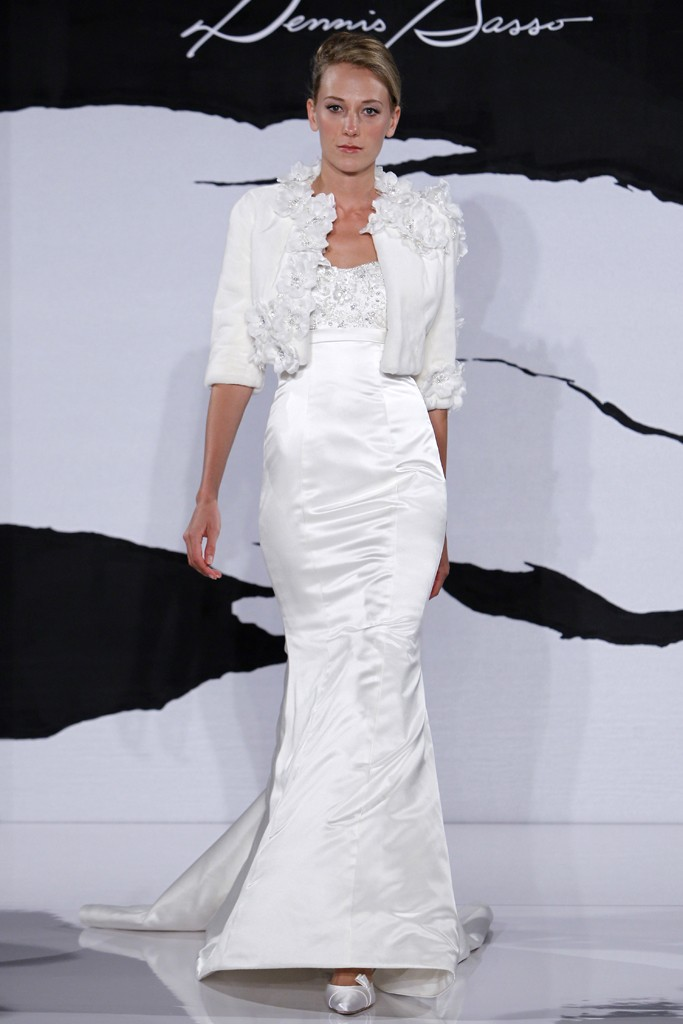 Wedding-dress-fall-2012-dennis-basso-for-kleinfeld-bridal-14.original