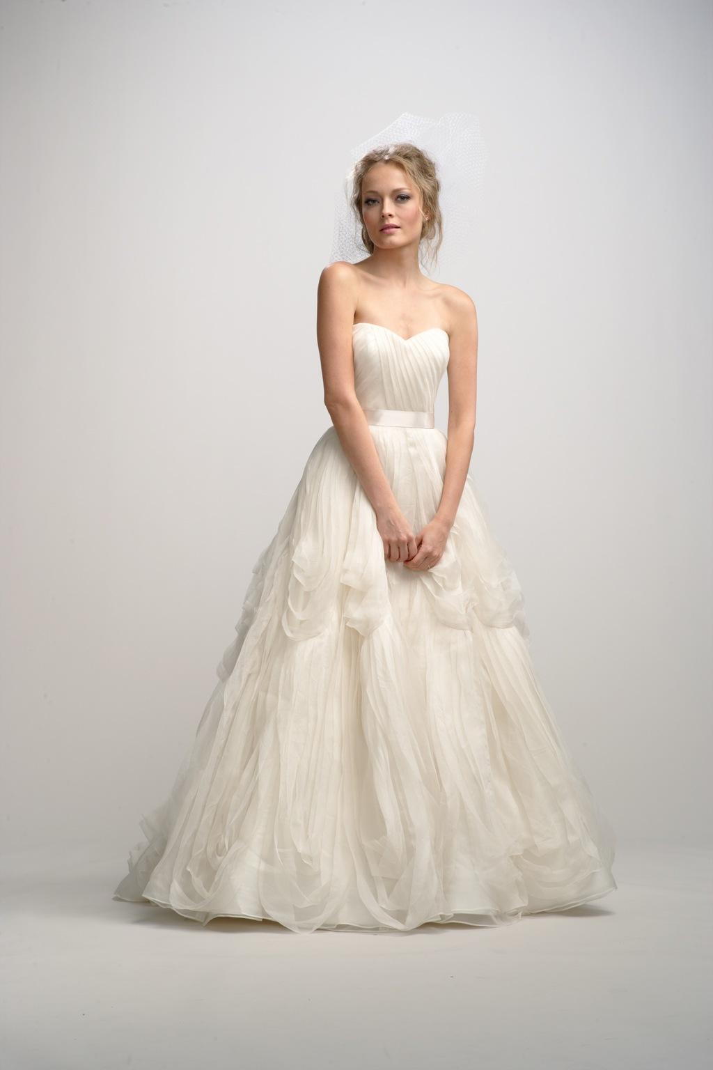 Fall-2012-wedding-dress-watters-bridal-gown-13.full