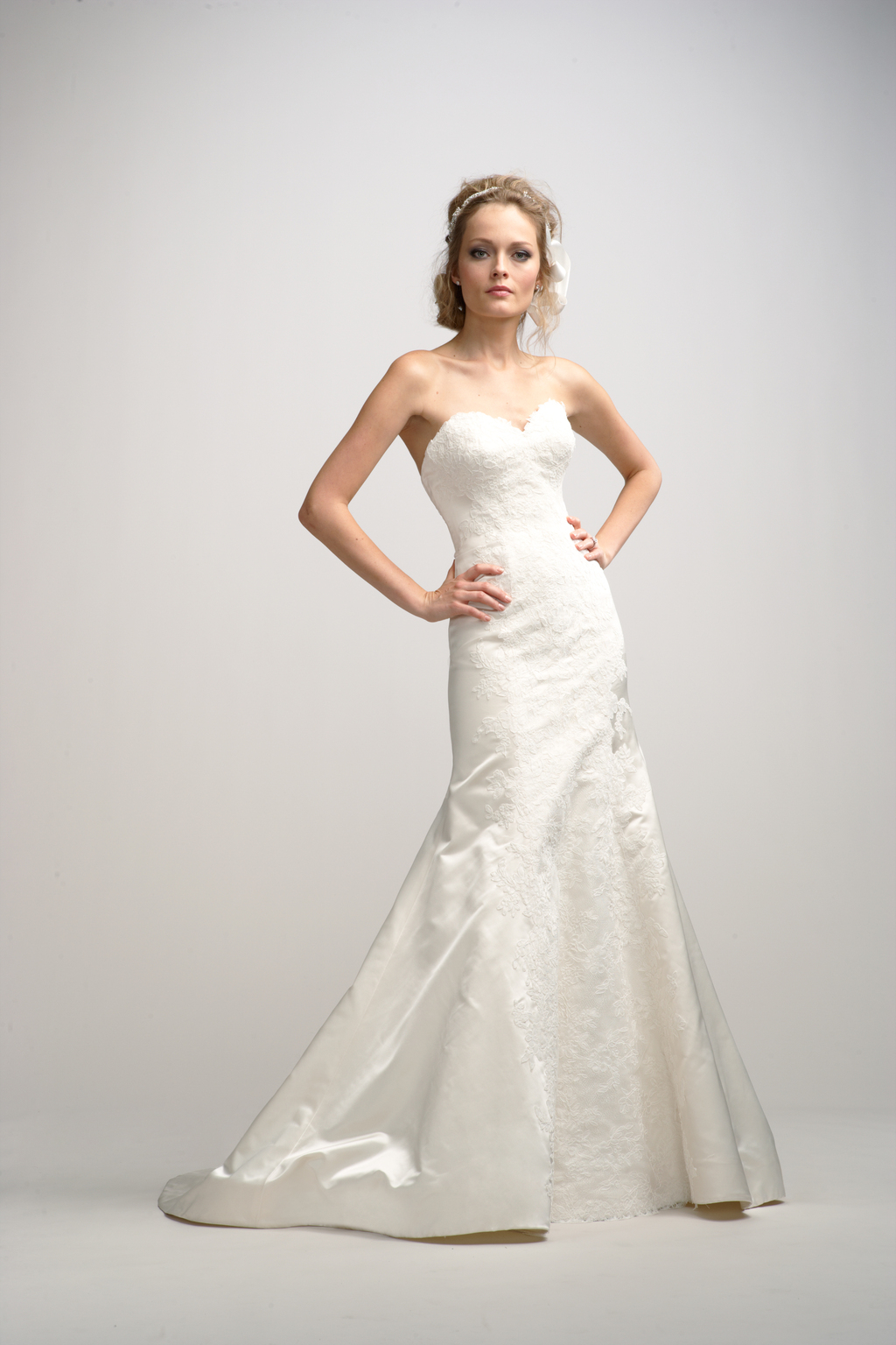 Fall-2012-wedding-dress-watters-bridal-gown-3.full