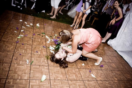 wedding throwdowns wedding reception boquet toss