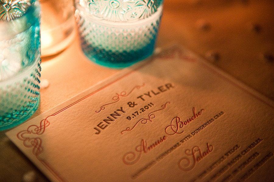 Elegant-wedding-invitations-vintage-candle-details.full