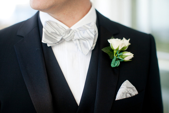 Black, white  & green wedding colors on elegant black tie groom