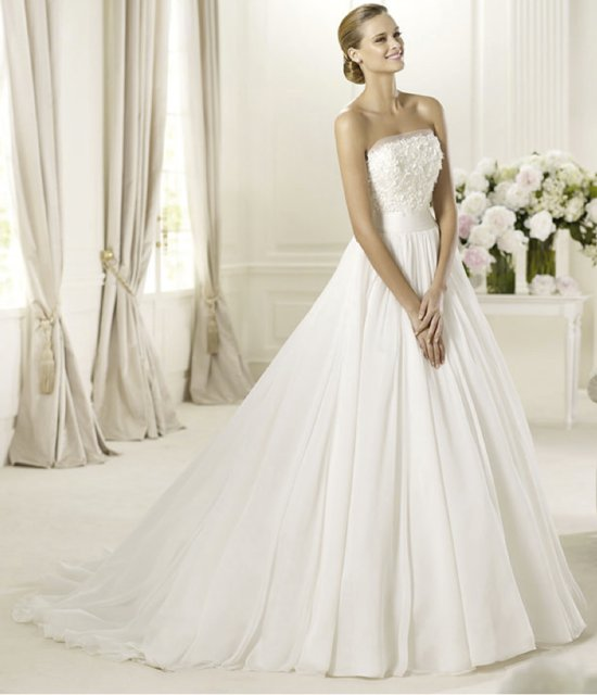 2013 wedding dress Pronovias bridal gowns fashion collection Delta