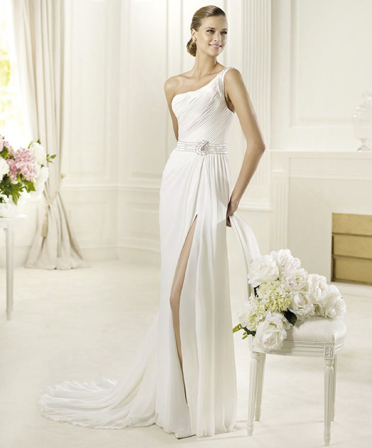 2013-wedding-dress-pronovias-bridal-gowns-fashion-collection-deva.full