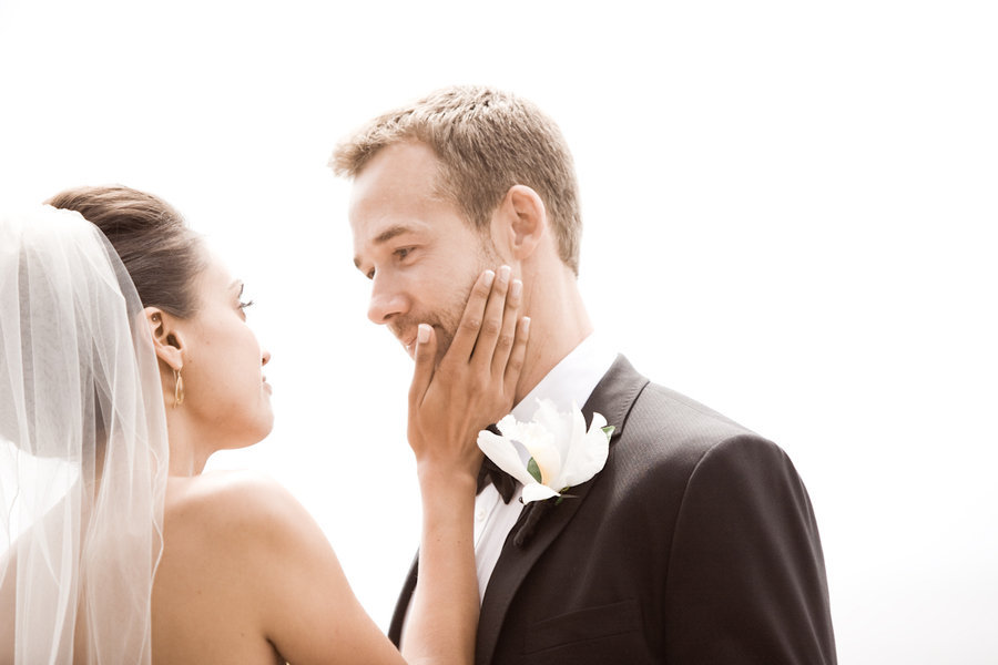 Wedding-photography-first-looks-between-bride-and-groom-real-wedding-photos-5.full