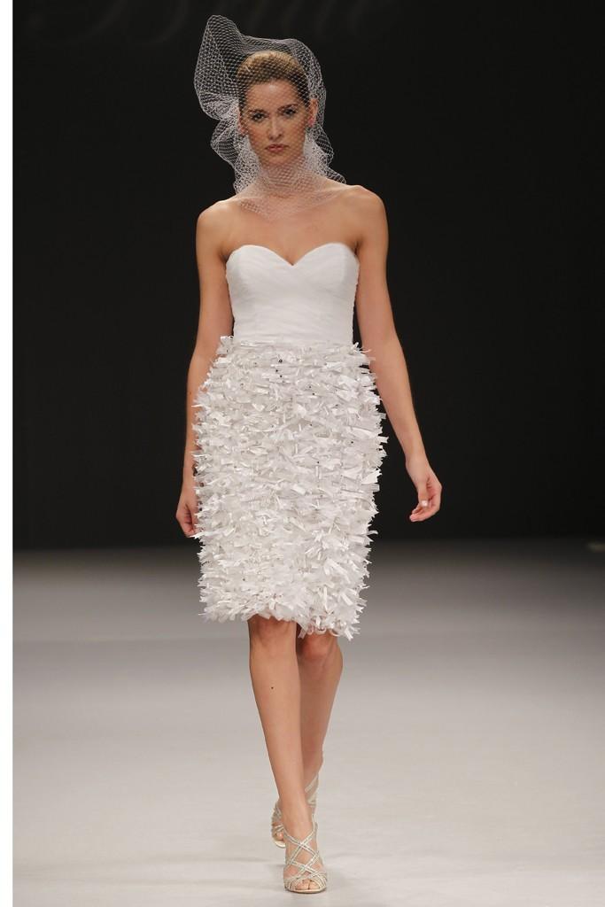 Wedding-dress-spring-2012-bridal-gowns-badgley-mischka-tiffany.full