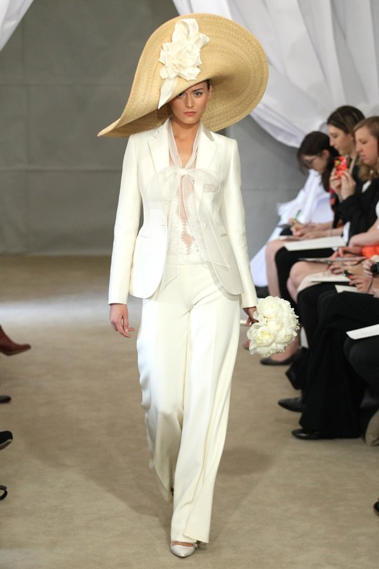 2013 wedding dress trends ivory bridal suit carolina herrera