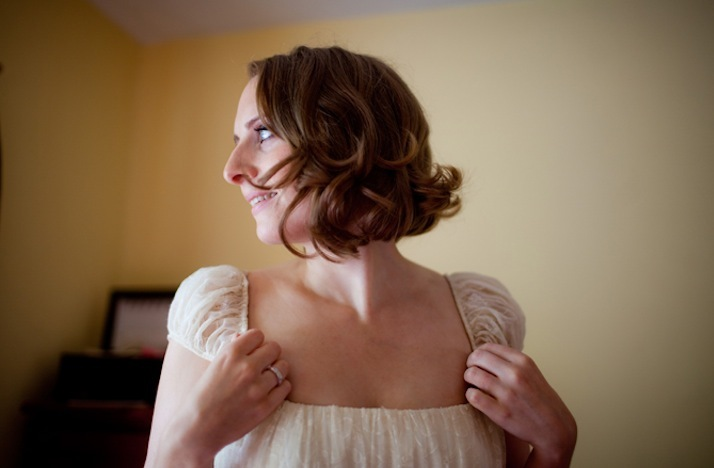 short wedding hairstyles wavy bob 1