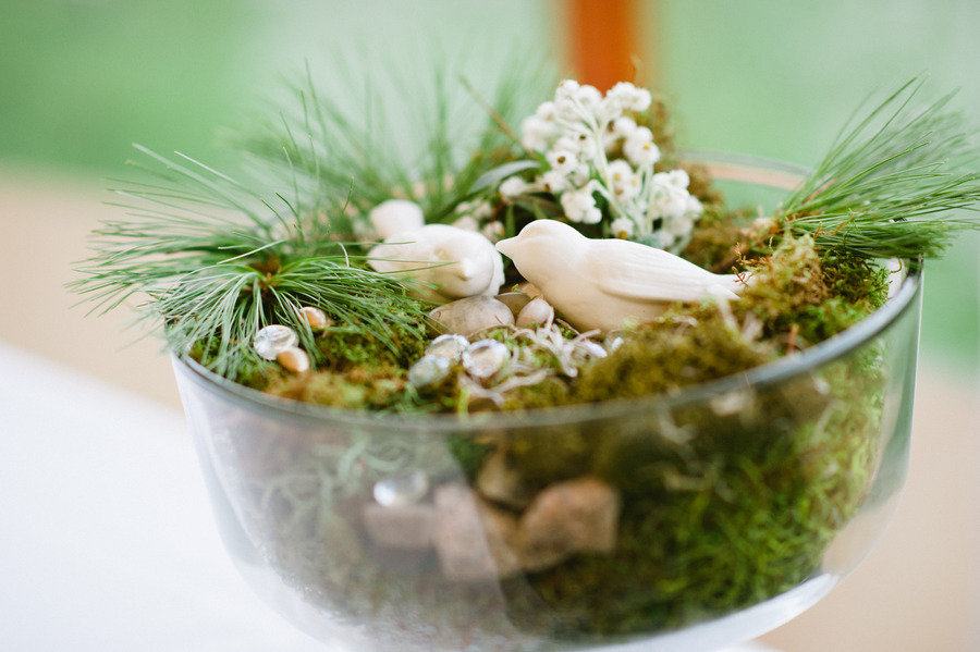 Creative-wedding-ideas-using-moss-diy-wedding-projects-decor.original