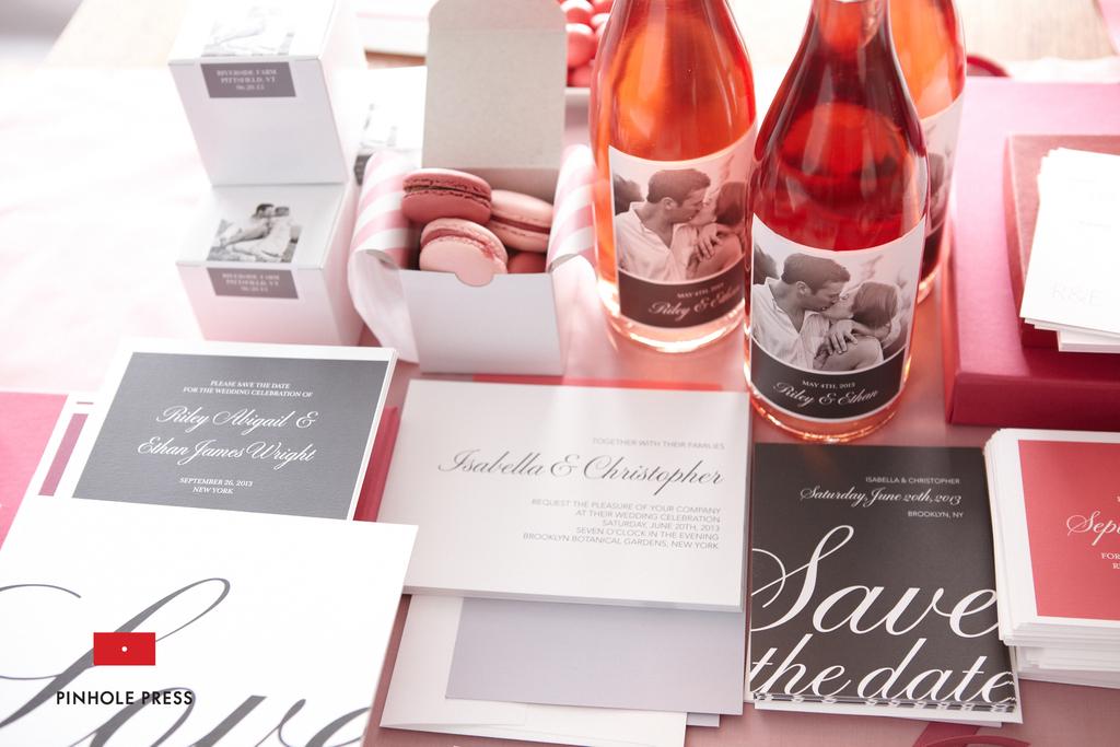 Personalized-wedding-ideas-custom-photo-save-the-dates-wedding-invitations-3.full