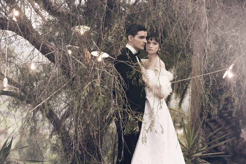 Real-wedding-inspiration-destination-wedding-ideas-sicily-italy-bride-and-groom.full