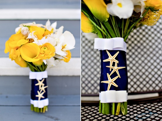 nautical wedding theme navy blue yellow wedding flowers bouquets