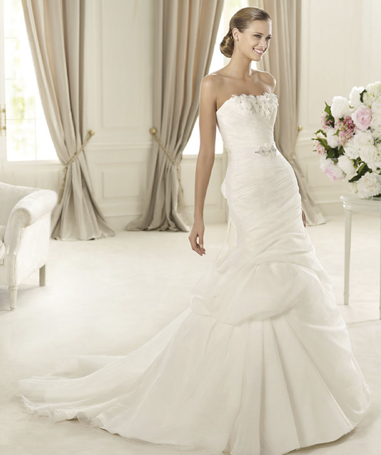 2013-wedding-dress-pronovias-glamour-collection-bridal-gowns-durcal_copy.original
