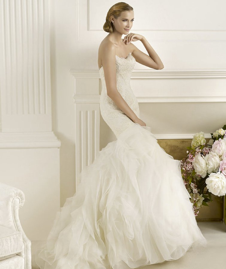 2013-wedding-dress-pronovias-glamour-collection-bridal-gowns-duende.full