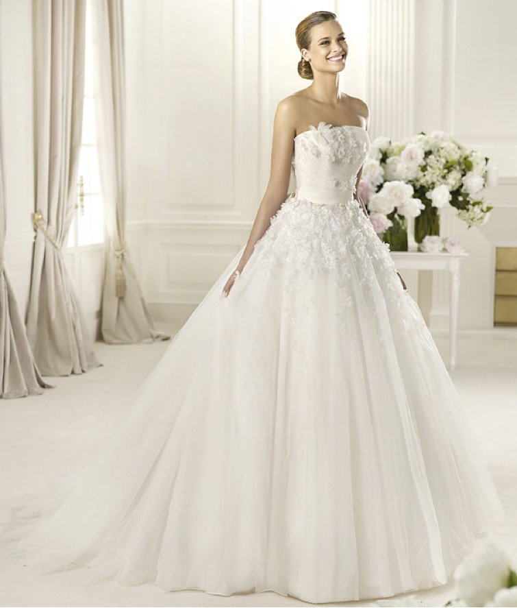 2013-wedding-dress-pronovias-glamour-collection-bridal-gowns-dogma.full