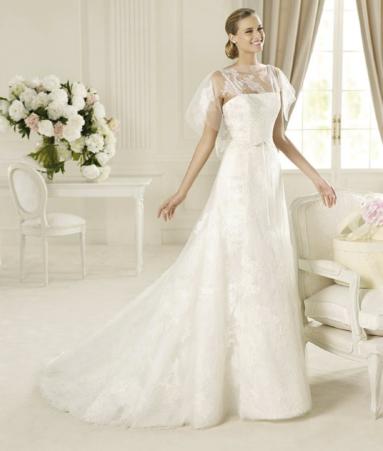 Spring-2013-wedding-dress-manuel-mota-bridal-gowns-gambo.full
