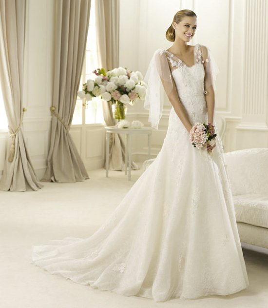 spring 2013 wedding dress manuel mota bridal gowns Galaxia