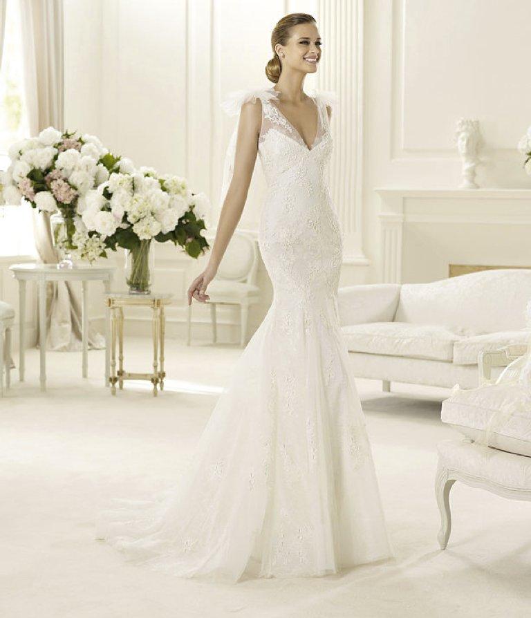 Spring-2013-wedding-dress-manuel-mota-for-pronovias-bridal-gowns-2.full