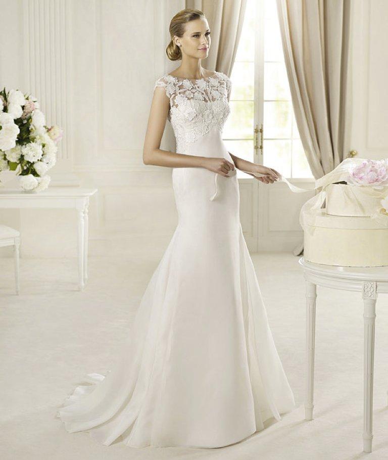 Spring-2013-wedding-dress-manuel-mota-for-pronovias-bridal-gowns-1.full