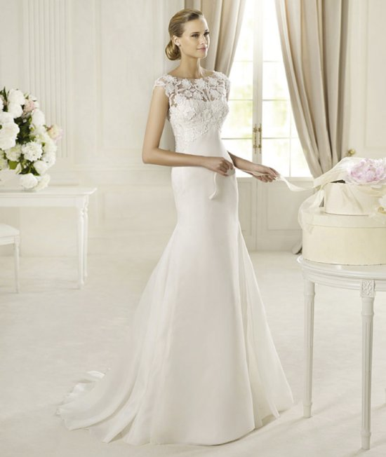 Spring 2013 wedding dress Manuel Mota for Pronovias bridal gowns 1