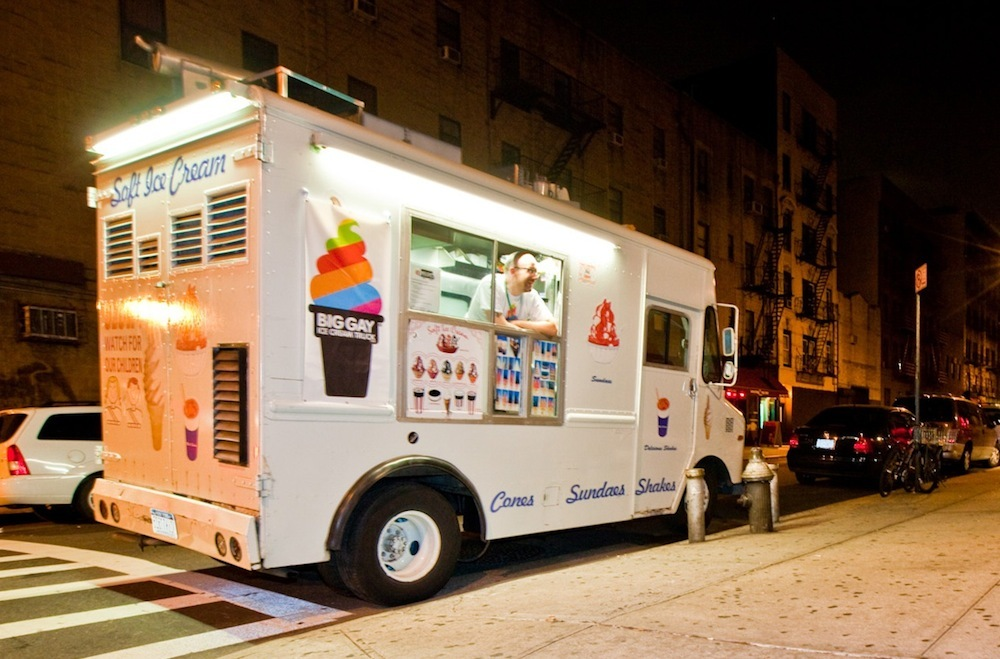 The_big_gay_ice_cream_truck_at_night.full