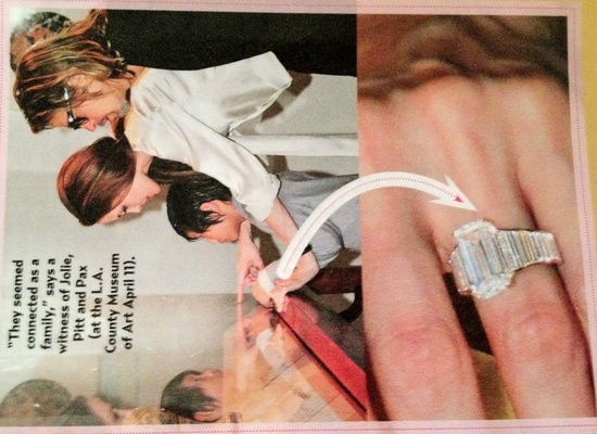 photo of celebrity engagements angelina jolie brad pitt wedding ring
