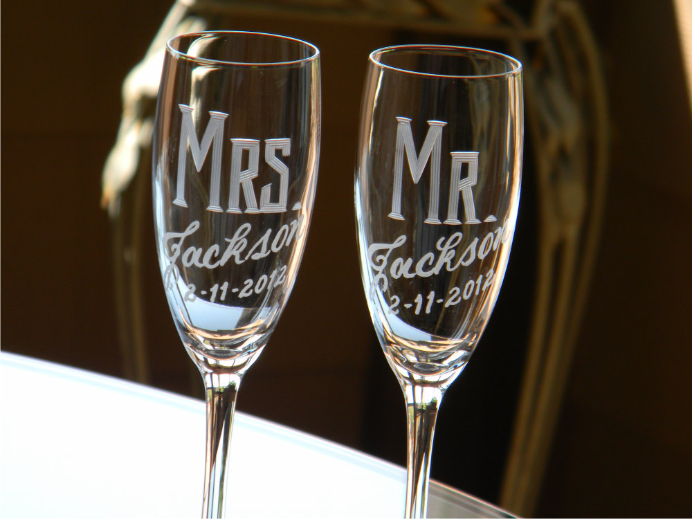 creative wedding ideas from Etsy Mr and Mrs decor champagne flutes