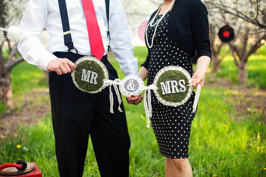 creative wedding ideas from Etsy Mr and Mrs decor moss lace