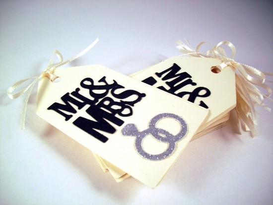 creative wedding ideas from Etsy Mr and Mrs decor modern favor bags