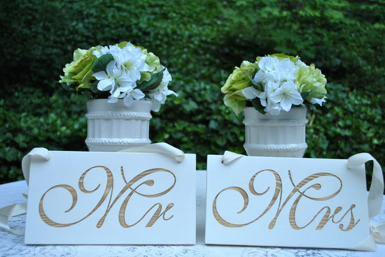 creative wedding ideas from Etsy Mr and Mrs decor white wood wedding signs