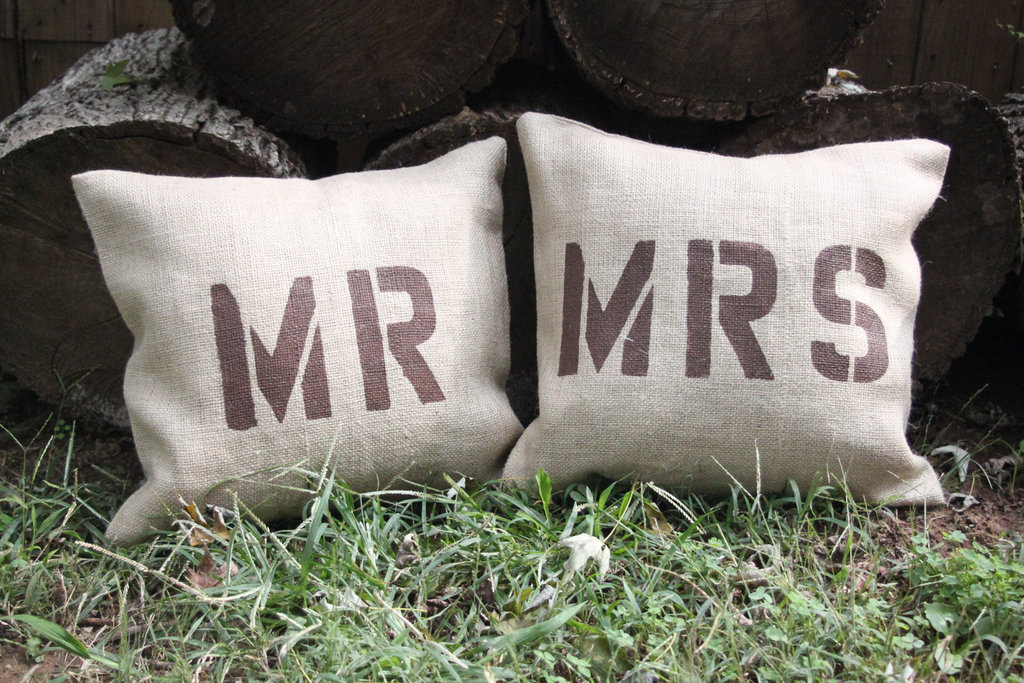 creative wedding ideas from Etsy Mr and Mrs decor burlap pillows rustic