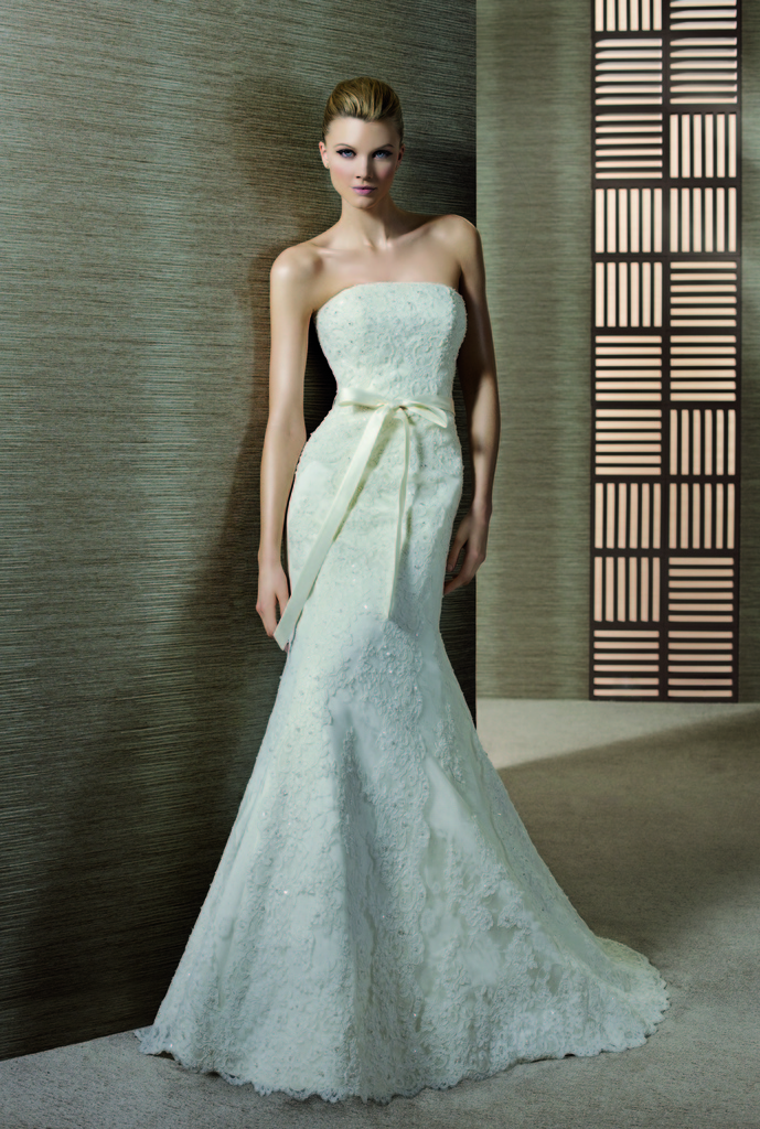 photo of Tamara wedding dress