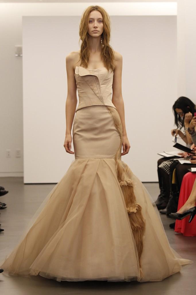 Vera-wang-wedding-dress-fall-2012-bridal-gowns-5.full