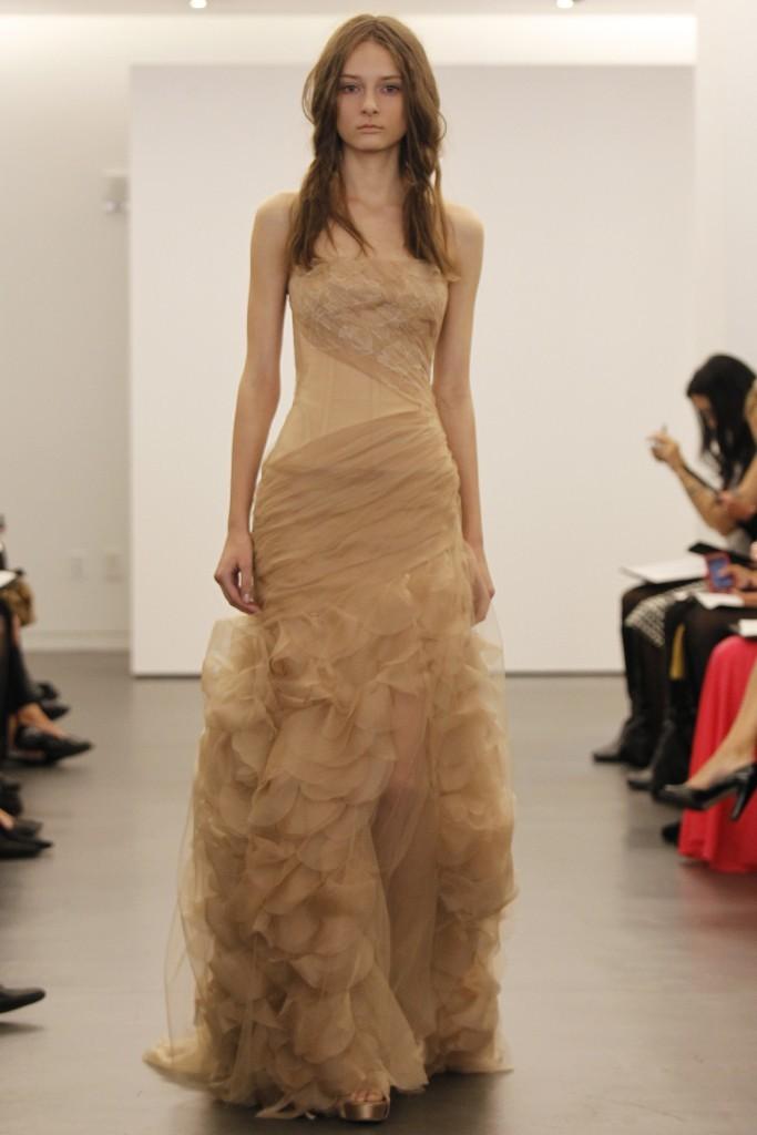 Vera-wang-wedding-dress-fall-2012-bridal-gowns-6.full
