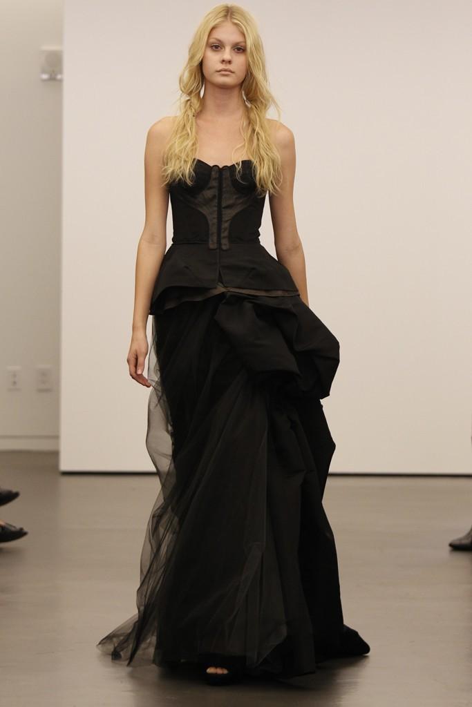 Vera-wang-wedding-dress-fall-2012-bridal-gowns-12.full