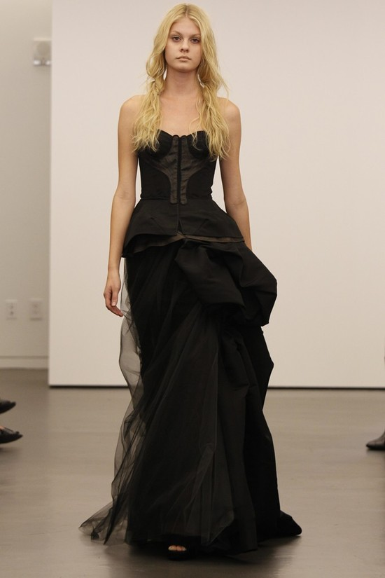 Vera Wang wedding dress, Fall 2012- 5