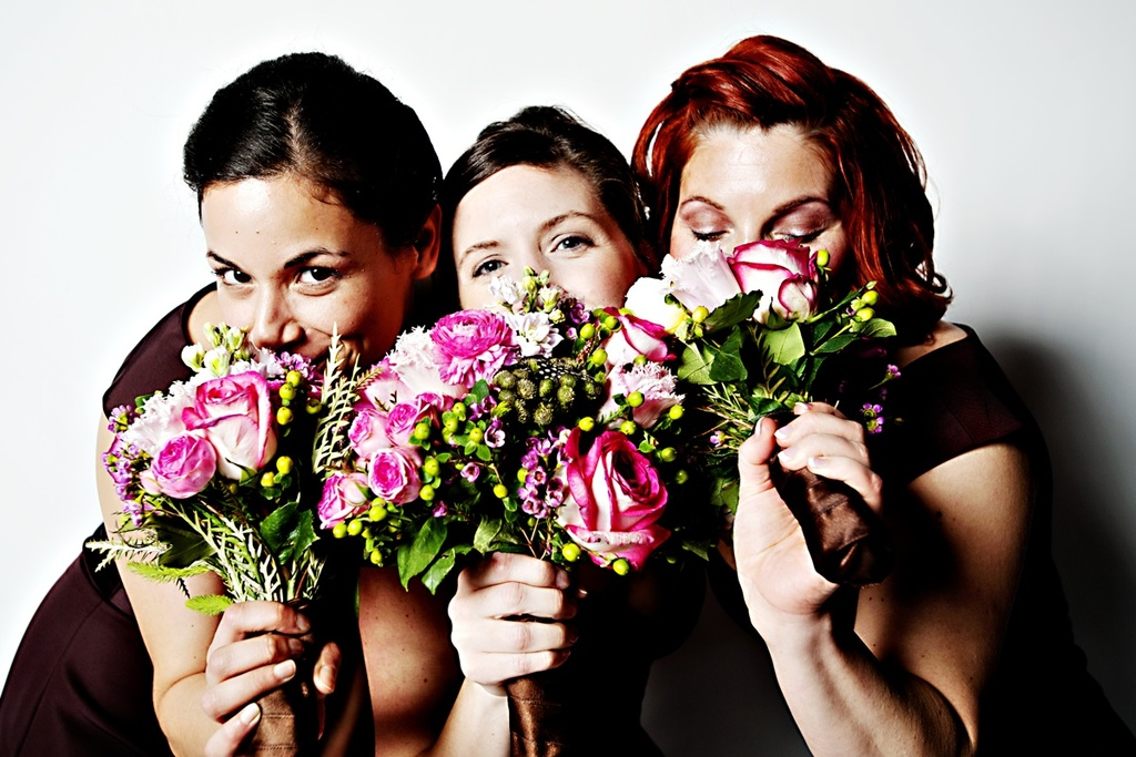 Real-weddings-winter-wedding-reception-bridal-bouquet-bridesmaids.full
