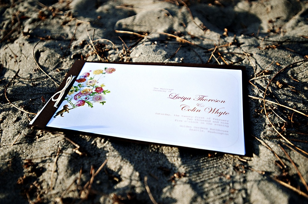 Winter-wedding-seattle-wedding-invitations.full