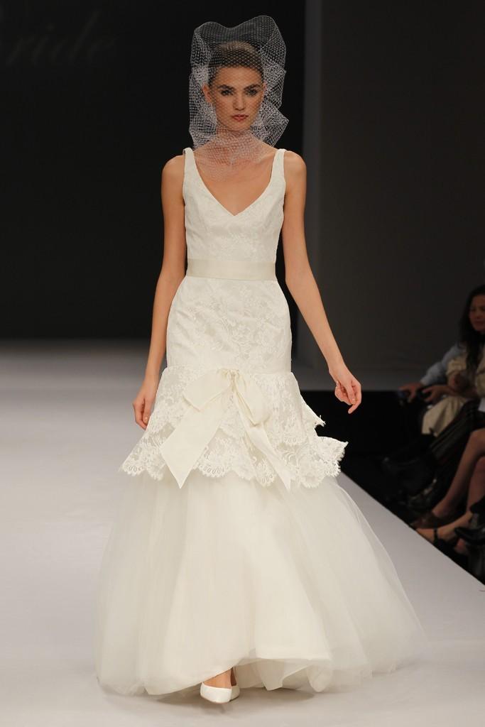Badgley-mischka-wedding-dresses-spring-2012-bridal-gown-18.full