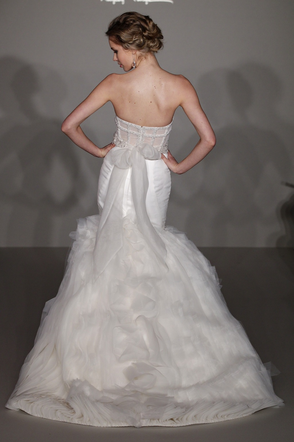 Hayley-page-wedding-dress-spring-2012-bridal-gowns-6203-back.full
