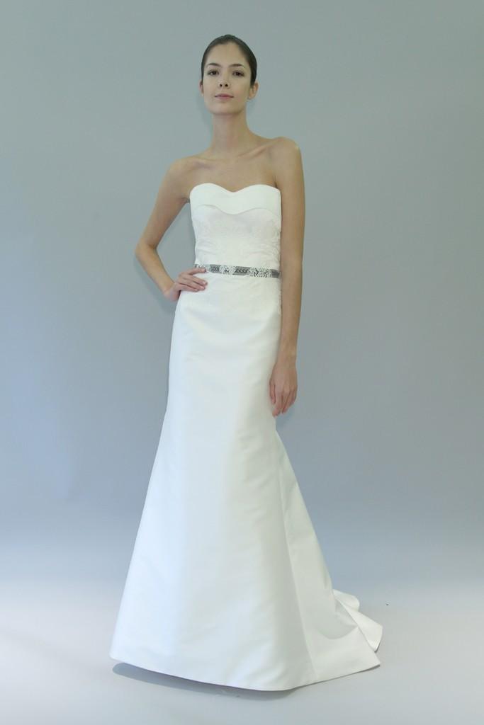 Carolina-herrera-wedding-dress-fall-2012-bridal-gowns-10.full